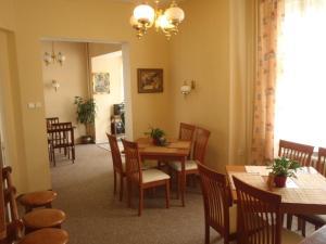 Restaurace v ubytování Hotel Green House