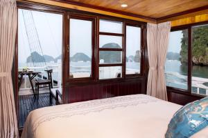 Aphrodite Cruise during the winter