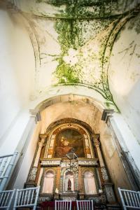 A fachada ou entrada de Convento Senhora da Vitória