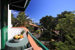 A balcony or terrace at Hotel Valle Verde