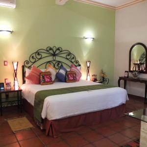 Cama o camas de una habitación en Hotel Boutique Parador San Miguel Oaxaca