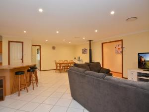 The lobby or reception area at Merewether Homestead with Pool and Family friendly
