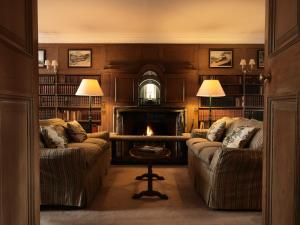 A seating area at Greywalls Hotel & Chez Roux