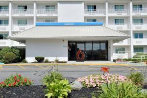 Facciata o entrata di Motel 6-Danvers, MA - Boston North
