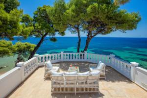 A balcony or terrace at Danai Beach Resort & Villas