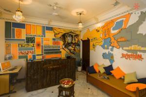 Hall ou réception de l'établissement Zostel Udaipur