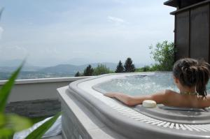 Spa and/or other wellness facilities at Domaine des Avenières