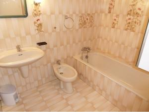 A bathroom at Holiday Home Mevena