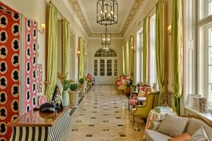 The lobby or reception area at Amade Château