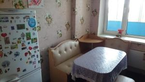 A seating area at Apartment on Solnechnaya alleya 826