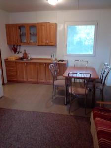 Kuchyň nebo kuchyňský kout v ubytování Kemp Horní Bečva