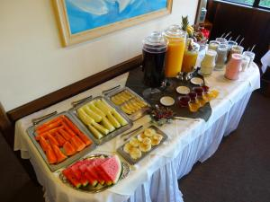 Breakfast options available to guests at Hotel Tissiani Canela