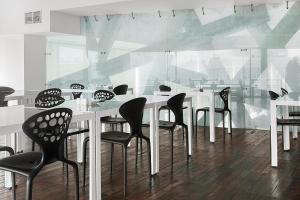 Ресторан / где поесть в Капсульный Отель «Рабочая Станция»