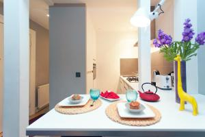 A kitchen or kitchenette at ItalianFlat - Chelsea