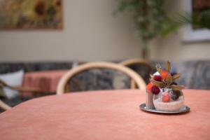 Ein Restaurant oder anderes Speiselokal in der Unterkunft Pension Regina - Inh. Monique Kluge