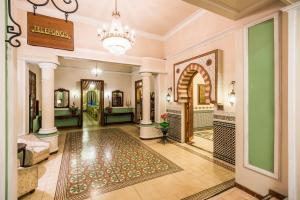 The lobby or reception area at Hotel Ayenda Majestic 1324