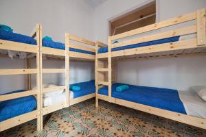 Litera o literas de una habitación en Bed in Girona