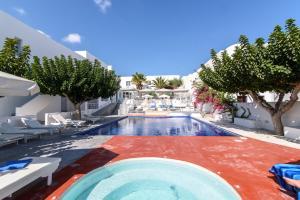 Rk Beach Hotel Kamari Aktualisierte Preise Fur 2021