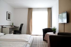 A seating area at Arnimsruh Hotel garni