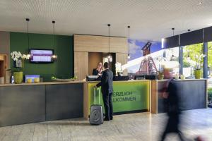 The lobby or reception area at Mercure Hotel Plaza Essen