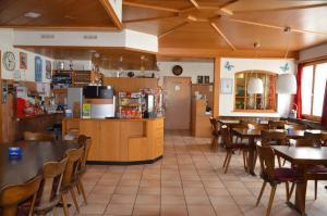 Lounge oder Bar in der Unterkunft Hotel Gasthof Kreuz