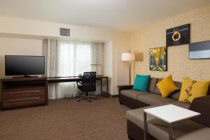 A seating area at Residence Inn by Marriott Las Vegas Airport