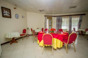 A restaurant or other place to eat at Ntungamo Resort Hotel