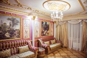 Гостиная зона в Apartments Lux on Voskresenskiy Prospekt 13 А