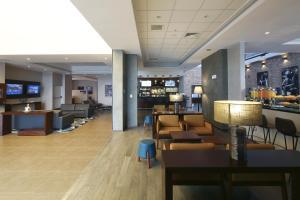 The lounge or bar area at Casa Andina Select Tacna