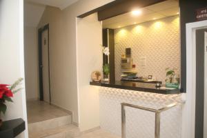 A kitchen or kitchenette at Hostal El Altet