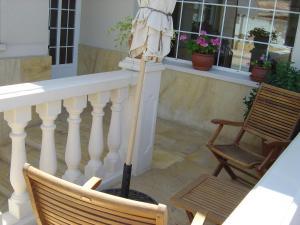 A balcony or terrace at Midama