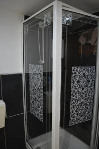 A bathroom at The Bell at Iden