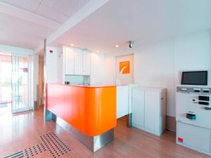 A kitchen or kitchenette at Chisun Inn Chiba Hamano R16