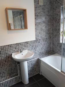A bathroom at Castle Cottage