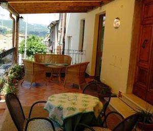 Ein Sitzbereich in der Unterkunft Hotel Picchio