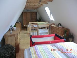 Ein Etagenbett oder Etagenbetten in einem Zimmer der Unterkunft Sandra's Ferienoase