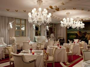 A restaurant or other place to eat at Faena Hotel Buenos Aires