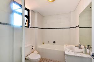 A bathroom at Crystal Waters 15