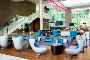 The lounge or bar area at Pullman Bangkok King Power