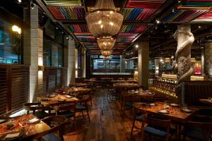 A restaurant or other place to eat at The Godfrey Hotel Boston