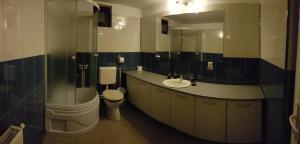 A bathroom at Casa Eden