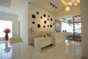 The lobby or reception area at Zaki Hotel Apartment