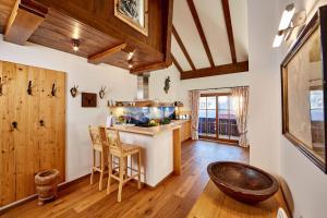 Küche/Küchenzeile in der Unterkunft Ferienwohnung Alpspitzblick