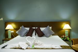 A bed or beds in a room at Z-Talay House