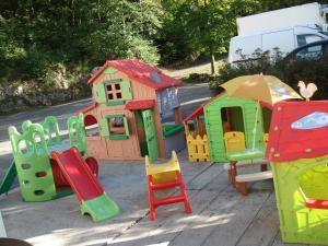 Aire de jeux pour enfants de l'établissement Maison Monsieur