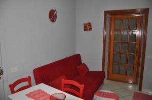 A seating area at Casa Cirillo