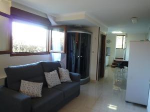 A seating area at Casa Vacacional Mazo de Arriba