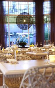 A restaurant or other place to eat at Blue Inspired by Manna