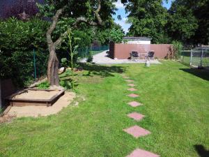 Ein Garten an der Unterkunft Gehoeft Nr. X zu Peccatel