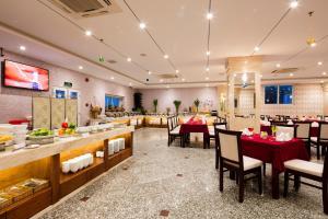 Ресторан / где поесть в Galliot Hotel